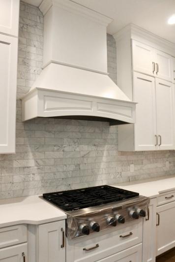 Marble & White Kitchen